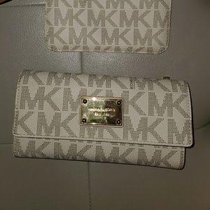 MK Jet Set Checkbook Wallet